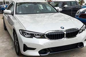 Cận cảnh BMW 320i 2020 mới, giá dưới 2 tỷ đồng