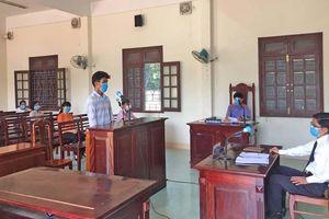 Phạt 9 tháng tù giam về hành vi đánh công an tại chốt kiểm soát dịch Covid-19