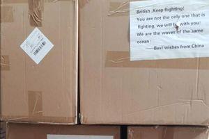 Bí mật đằng sau chuyện nước Anh cạn kiệt thiết bị bảo vệ cá nhân
