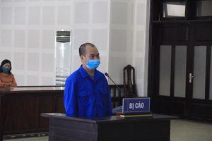 Cựu bác sỹ lừa chạy việc lãnh án