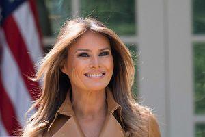 Vẻ đẹp của Đệ nhất phu nhân Mỹ vừa bước sang tuổi 50