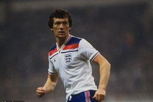 Nhiều cựu danh thủ bóng đá Anh qua đời