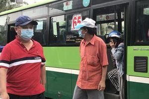 Xe buýt tiếp tục tăng cường phòng dịch Covid-19