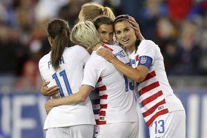 Lương cầu thủ nữ Mỹ cao hơn nam 7.000 USD/trận
