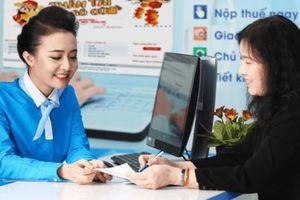 Vì sao ngân hàng không hạ chuẩn cho vay khi doanh nghiệp khó khăn?