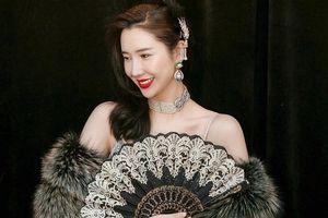 Bí quyết dưỡng da, giữ dáng của vợ chủ tịch Taobao trẻ đẹp không kém 'tiểu tam'