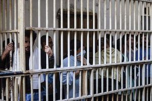 Nguy cơ bùng phát dịch Covid-19 trong các nhà tù châu Mỹ