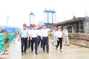 Chủ tịch Hà Nội kiểm tra tiến độ đầu tư xây dựng nhà máy điện rác tại khu xử lý chất thải Nam Sơn