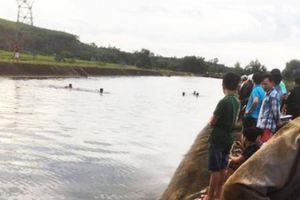 Tìm thấy thi thể một nam thanh niên ở hồ An Tây