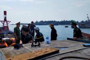 Tìm thấy thi thể nam thanh niên nhảy cầu Cửa Việt