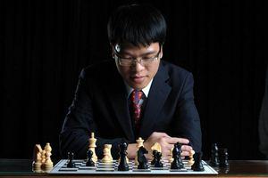 Dự siêu giải Steinitz Memorial, Quang Liêm đấu Vua cờ Magnus Carlsen