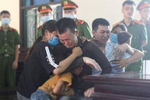 Hà Tĩnh: Tham 5.000 USD tiền công, hai 'người vận chuyển' lĩnh án tử hình