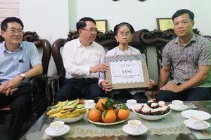 Hải Phòng thăm, tặng quà gia đình chính sách