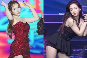 Fan K-Pop chịu hết nổi vì Nayeon (TWICE) thường xuyên phải mặc đồ diễn hớ hênh