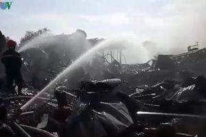 Bắt giam đối tượng gây cháy nhà kho thiệt hại hàng chục tỷ đồng