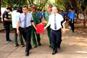 Truy điệu, an táng liệt sĩ quân tình nguyện Việt Nam hy sinh ở Campuchia