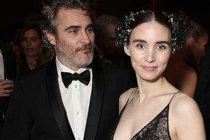 Bạn gái tài tử Joaquin Phoenix mang thai