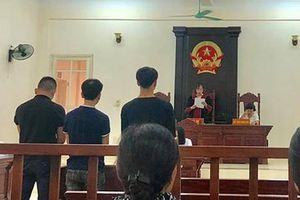 CĐV đội Nam Định lãnh án 4 năm tù vì đốt pháo sáng