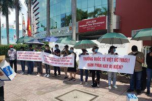 UBND TPHCM chỉ đạo giải quyết kiến nghị của phụ huynh trường Việt Úc