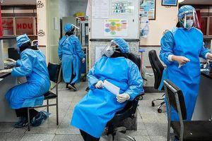 Hoảng hốt với hơn 10.000 nhân viên y tế Iran nhiễm dịch Covid-19