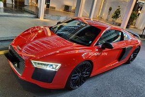 'Diện kiến' Audi R8 V10 Plus đỏ rực của tình cũ Mi Du