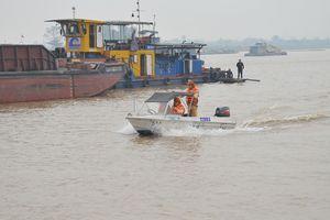 Hà Nội có 135/169 bãi vật liệu xây dựng dọc các tuyến sông hoạt động trái phép