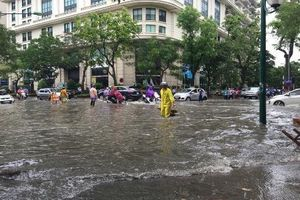 Hà Nội còn nhiều điểm ngập cố hữu trong mùa mưa
