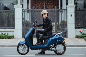 Xe máy điện YADEA BuyE hơn 21 triệu đồng 'đấu' Vinfast Klara