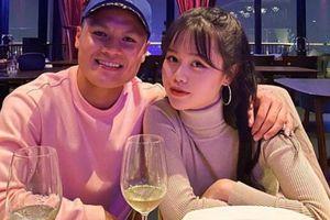 Bạn gái mới Quang Hải lại khiến người hâm mộ 'ngã ngửa'