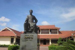Kỷ niệm 200 năm Ngày mất Thi hào Nguyễn Du (1820 - 2020): Cảo thơm lần giở trước đèn...