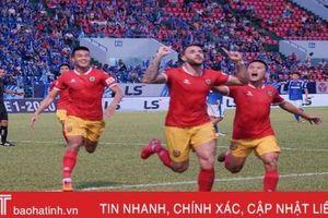 Hạ chủ nhà Than Quảng Ninh 2 - 0, Hồng Lĩnh Hà Tĩnh có 3 điểm đầu tiên ở V.League
