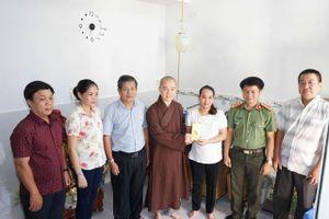 Các chùa làm từ thiện