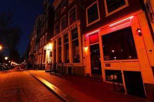 Quyết tâm cải tổ ngành du lịch hậu COVID-19, Amsterdam có thể 'xóa sổ' các khu phố đèn đỏ