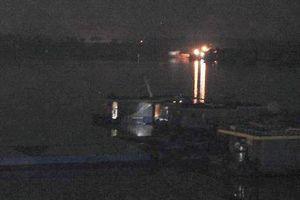 Phát hiện, bắt giữ 3 tàu khủng 'móc ruột' sông Hồng