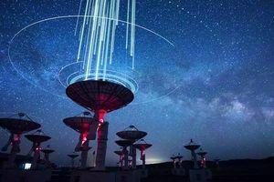 Phát hiện tín hiệu vũ trụ bí ẩn lặp lại theo chu kỳ 157 ngày: Kéo dài vài mili giây, có năng lượng mạnh gấp hàng chục nghìn lần Mặt Trời