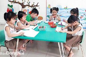 Có cần thiết cho trẻ học chữ trước lớp 1?