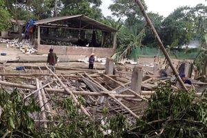 Dông lốc gây thiệt hại trên 3 tỷ đồng tại xã Hà Châu