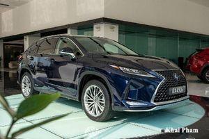 Cận cảnh Lexus RX 450h 2020 hơn 4,6 tỷ tại Việt Nam