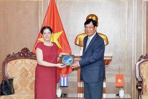 Lãnh đạo VKSND tối cao tiếp Đại sứ Cộng hòa Cuba tại Việt Nam