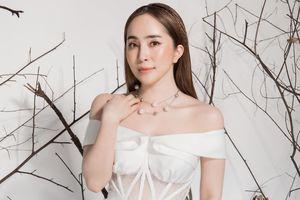 Quỳnh Nga giảm 3 kg, phô dáng chuẩn trong thiết kế của Hà Duy