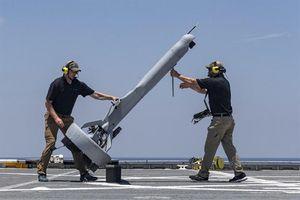 Choáng ngợp máy bay không người lái phóng thẳng như tên lửa của Mỹ