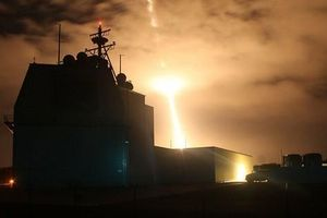 Dừng triển khai lá chắn tên lửa tối tân: Báo hiệu gì về sức mạnh Mỹ - Nhật?