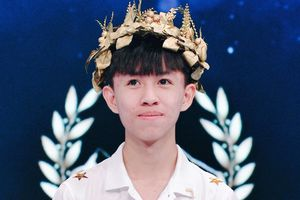 Chàng trai Quảng Trị vào CK Olympia mơ mang về quê hương 1 quán quân