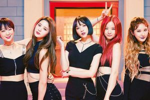 2NE1 và những nhóm chịu ám ảnh lời nguyền 7 năm tại Kpop