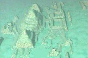 Giữa Tam giác quỷ Bermuda có thành phố cổ?