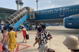 Hành khách tử vong do ngã xe thang máy bay vẫn được hưởng quyền lợi bảo hiểm chuyến đi