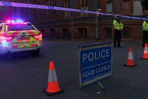 Đâm dao ở Anh khiến 3 người chết, cảnh sát khủng bố vào cuộc