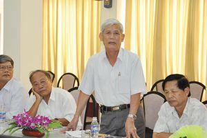 Nhà thơ, nhà báo Mai Phương với bài thơ viết về Bác Hồ