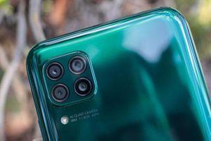 Smartphone 4 camera sau, pin 4.200 mAh, sạc 40W, RAM 8 GB giảm giá sốc tại Việt Nam