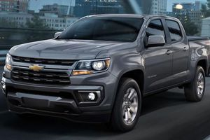 Cận cảnh Chevrolet Colorado 2021 cải tiến ngoại hình bắt mắt